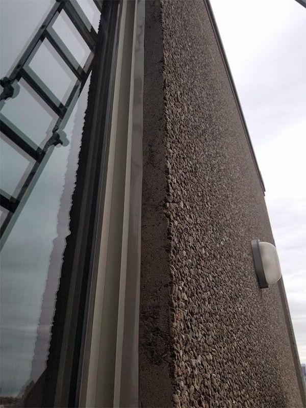 Compagnie d'étanchéité des fenêtres en hauteur